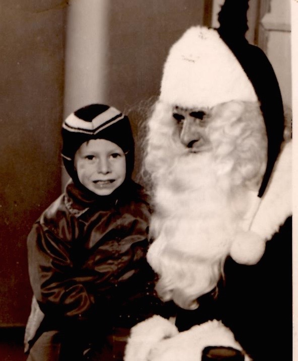 Ronny with Santa (1)