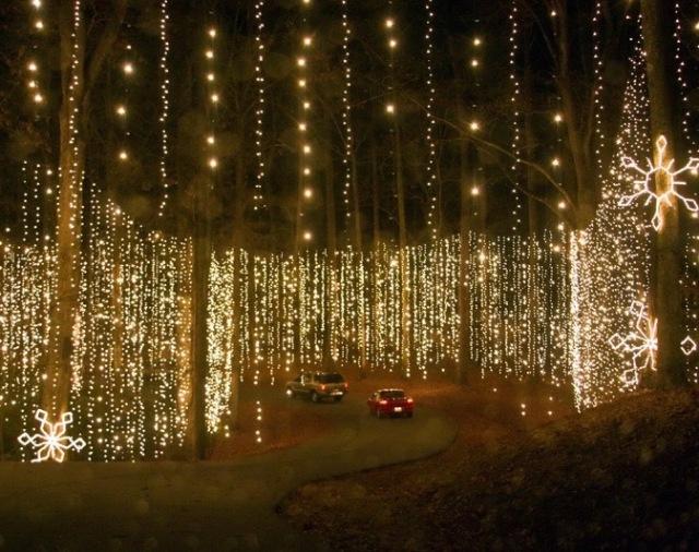 christmas-lights-callaway-gardens-by-showlinephotodotcom